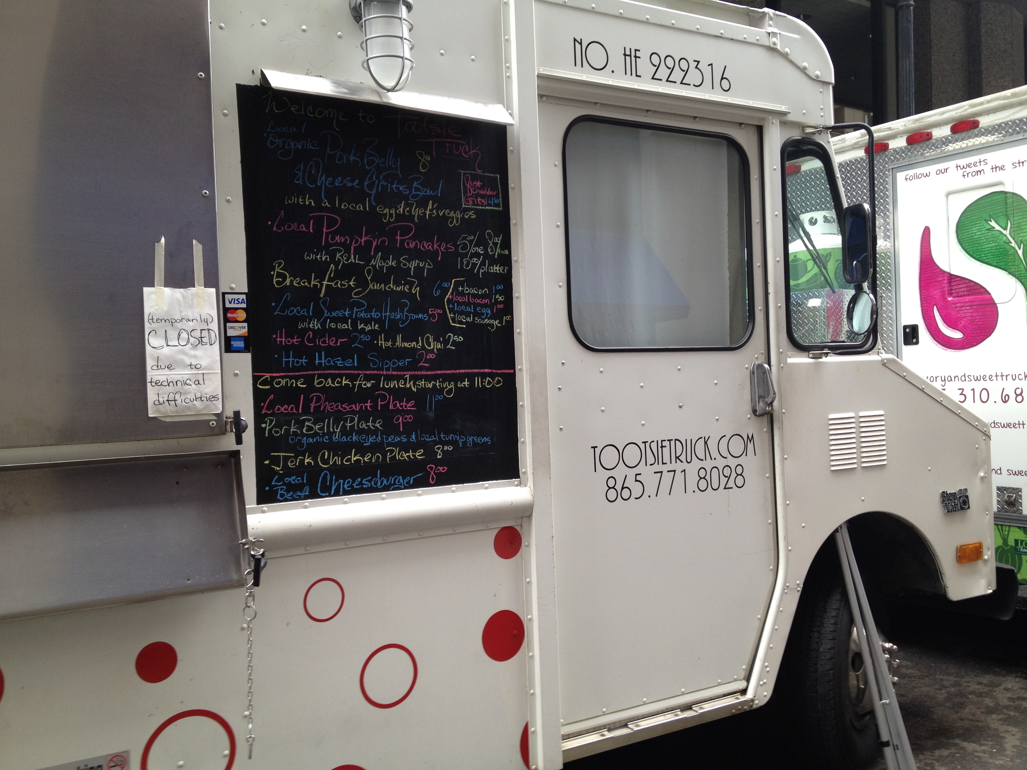Food trucks on Union: It's Saturday morning! | Oh, the