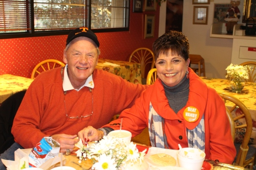 Mike and Vickie Price having lunch at Ham 'n Goodys!