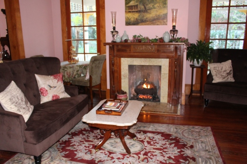 Parlor -- Laurel Oak Inn