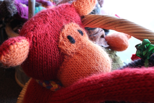 Cute monkey knitted by the owner's mom