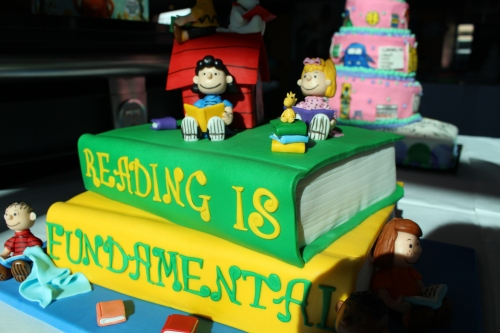 Cassie Pruitt's cake Reading Is Fundamental: 2nd Place for All-Occasion Fondant, Intermediate Division