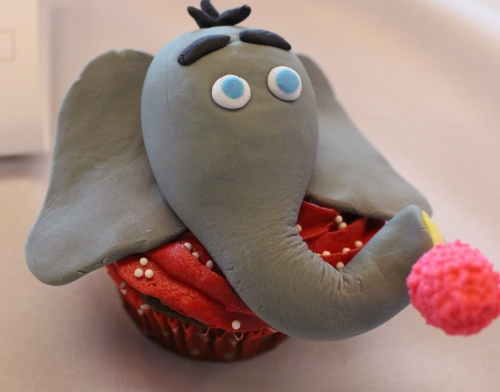Winning 1st Place in the Junior Division was Rachel Hicks' elephant cupcake