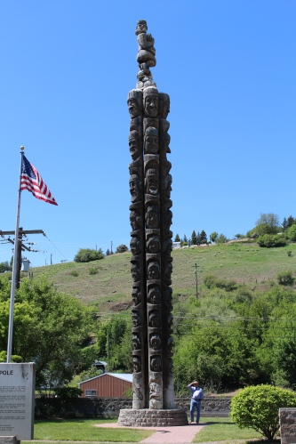 Codger Pole, Colfax, Washington