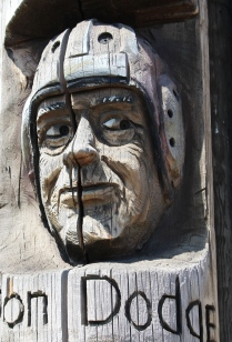 Codger Pole Face