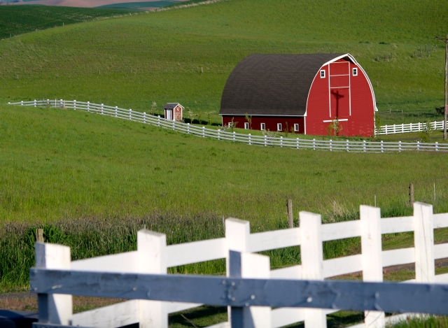 Barn with white fence -- Palouse