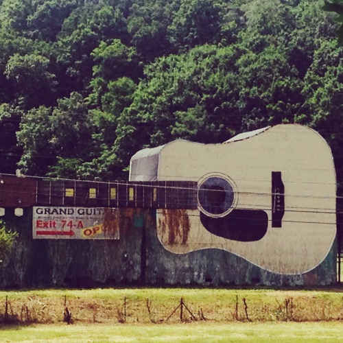 Roadside guitar