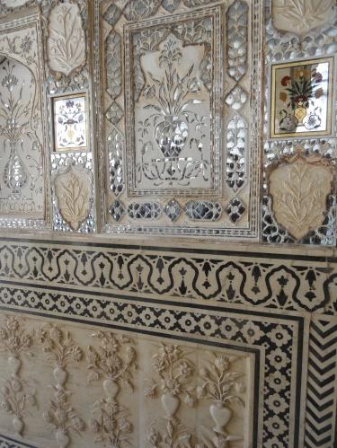 Mirrored wall in Sheesh Majal
