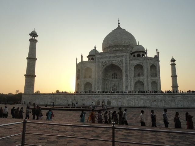 Taj Mahal, sundown