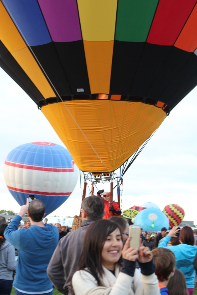 Right before lift-off: Albuquerque Balloon Fiesta 2014