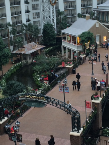 Staying Calm At Nashville S Gaylord Opryland Hotel Oh