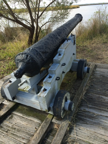 Well-placed cannon at the bend of the river, Fort Frederica