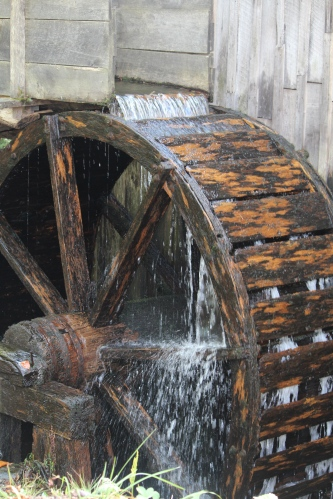 Water wheel, Cades Cove, TN