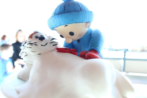 focused on Hobbes in this cake topper from The Great Cake Bake 2014.