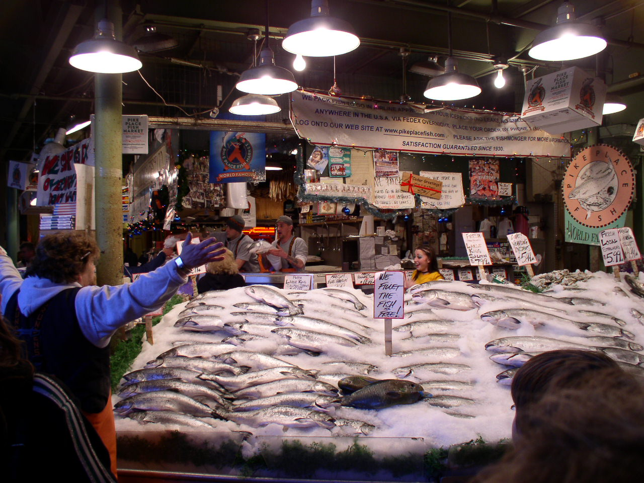 Weekly photo challenge scale oh the places we see for Fish market seattle