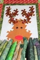 Pieced reindeer: Sewing Bee