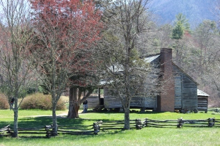 A pioneer cabin open for visitors in Cades Cove, Tennessee.