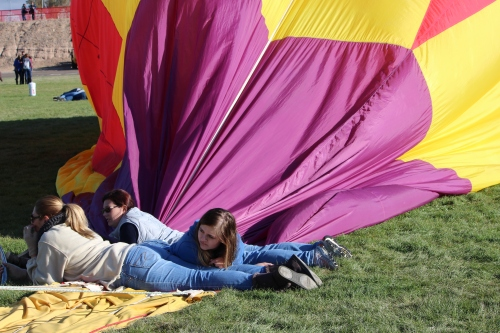 Letting the air out at Balloon Fiesta
