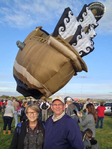 This giant galleon never made it into the skies last year, but it made for some fun shots at Balloon Fiesta 2014!