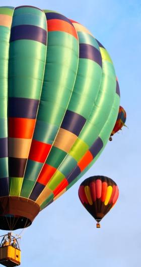 Green patchwork balloon -- Balloon fiesta 2014