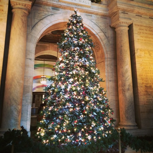 The 2015 Christmas tree at Public Library of New York.
