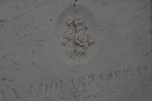 Pretty detail on a tomb in the City of the Dead.