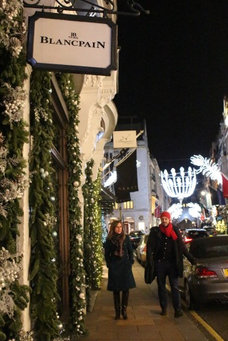 Shoppers on Bond Street -- enjoying the lights and windows!