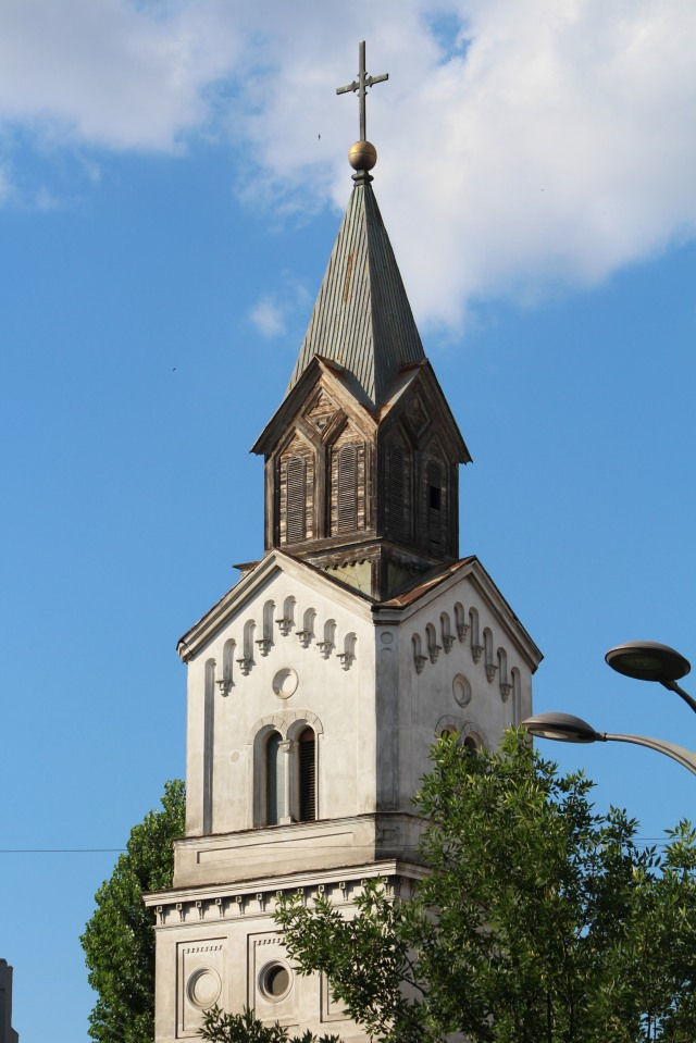 Classy Romanian steeple -- made of wood?