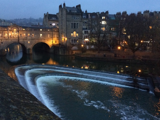 View of Pulteney Bridge above the Avon River in Bath, England.