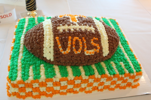 What UT fan wouldn't want this football cake?!