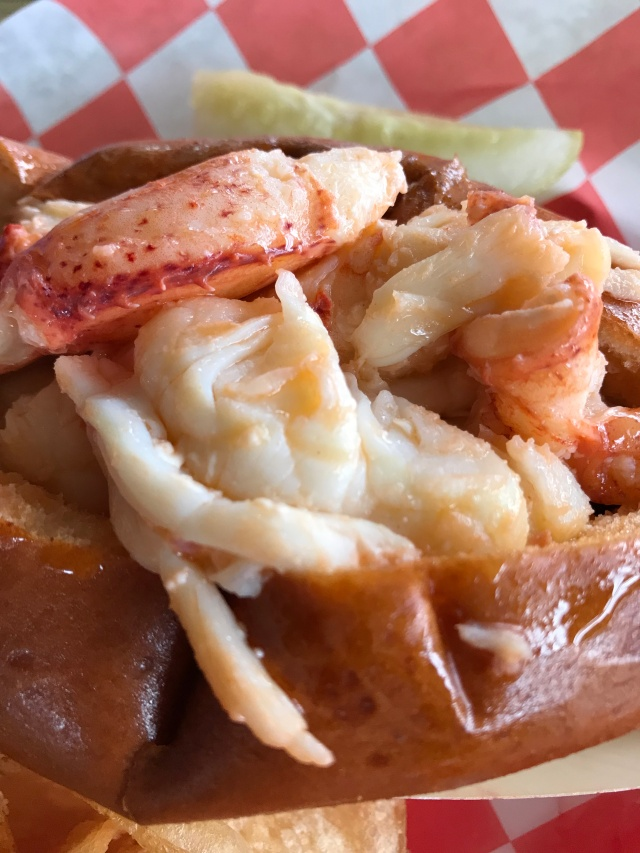 Beal's lobster roll, Southwest Harbor