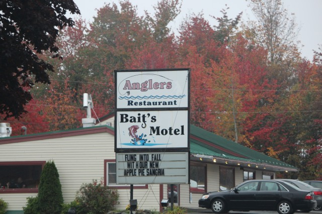Yes, you can stay here. It's a legit place on Route 1 that even Alfred Hitchcock would love.