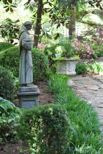 Beautiful spring garden in Knoxville, Tennessee offers a silent respite.