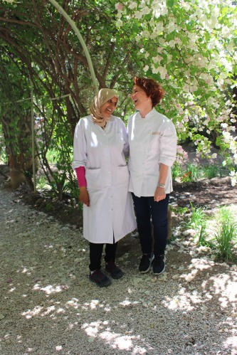 Chefs Bahija and Joanne making cooking fun in Morocco!