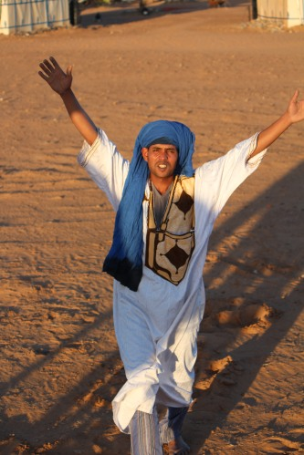 Welcoming us to Erg Chebbi with open arms.